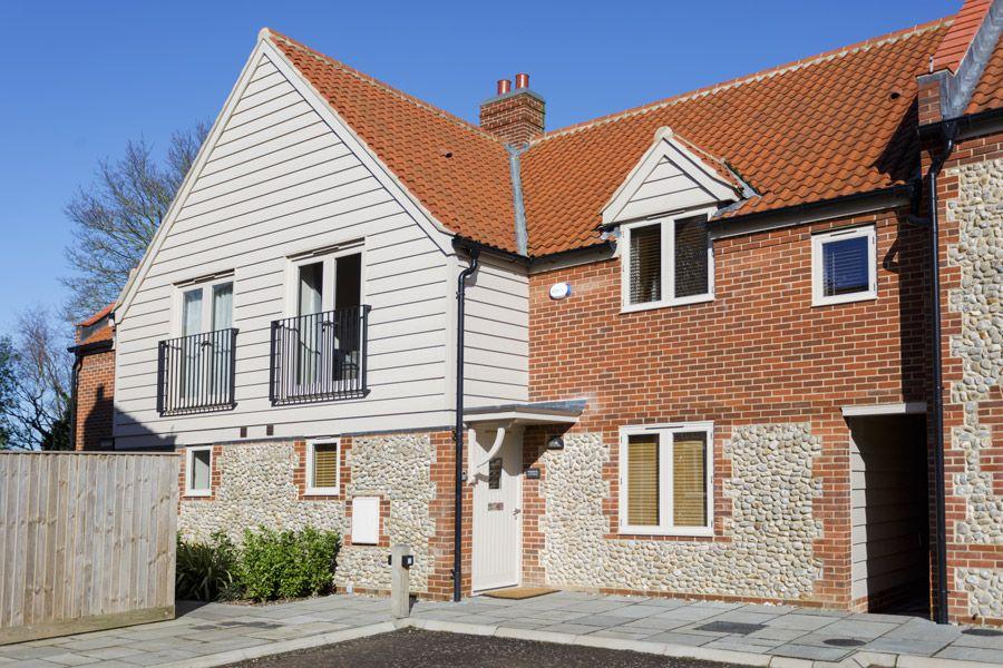 Warbler Cottage, 9 The Langham   Front