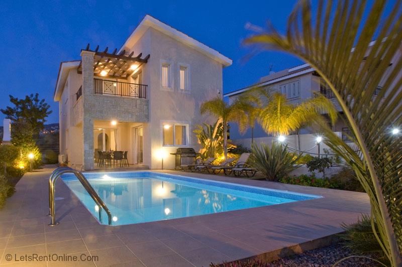 Rent Villas Paphos Villa Karouzi Tala Paphos Cyprus