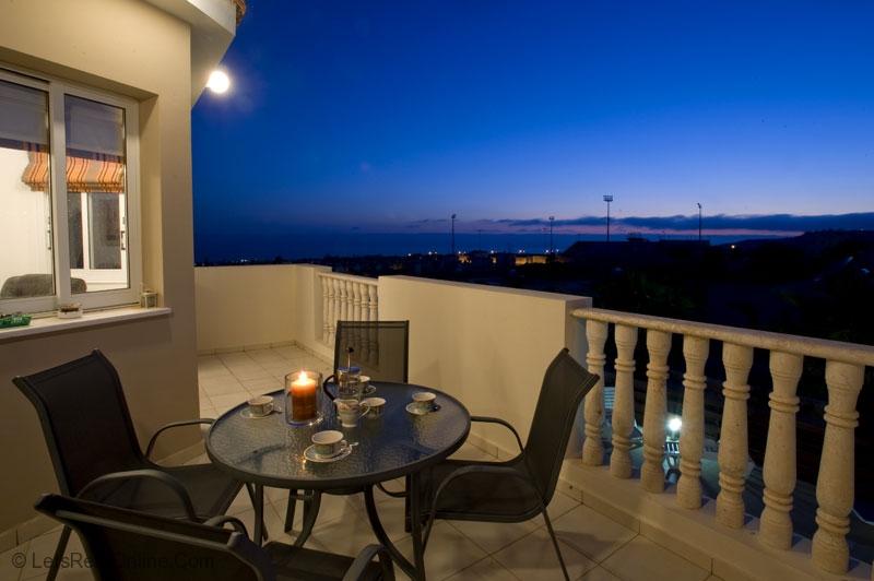 Rent villas paphos villa emelita peyia sea views