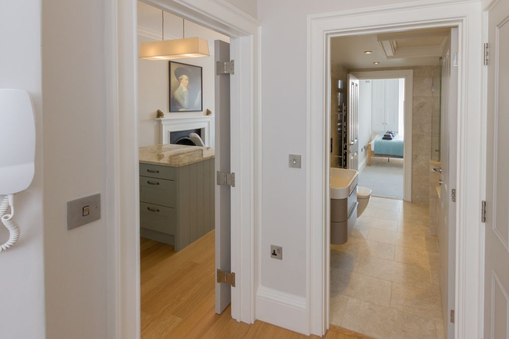 Brunswick Place : Bath Holiday Rentals on kitchen and nook, kitchen remodeling, kitchen colors, kitchen rustic wood tables, kitchen and stairs, kitchen bathroom, kitchen cabinets, hybrid kitchen bath, kitchen and den, kitchen layouts, kitchen dining living combo, kitchen and scullery, kitchen and patio door, kitchen and pool, kitchen ideas, kitchen beautiful rooms, kitchen bath showrooms, kitchen decor, kitchen and bar, kitchen design,