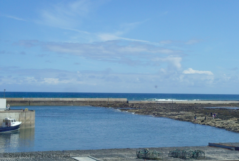 Seahouses Harbour - low tide