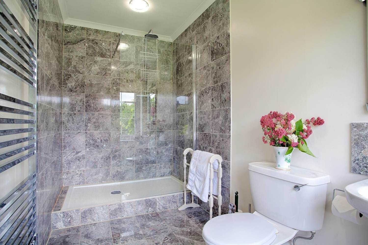 First floor: En suite shower room to the Red Bedroom with a large walk-in shower