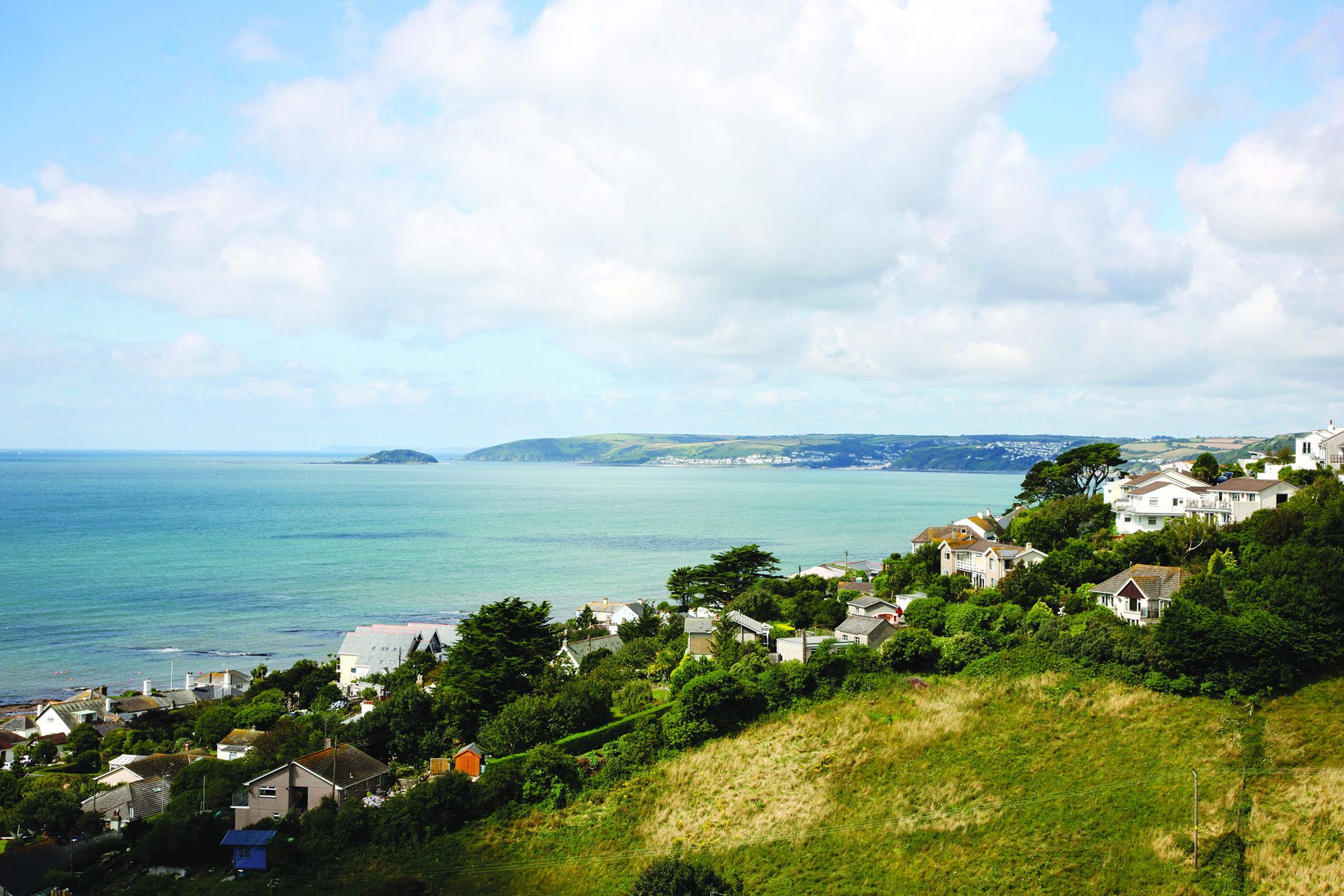 Set in a spectacular hillside location with wonderful panoramic views