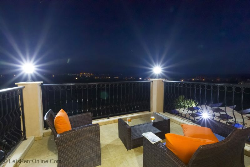 Rent villas paphos 39 villa leni 39 argaka polis paphos for Balcony at night