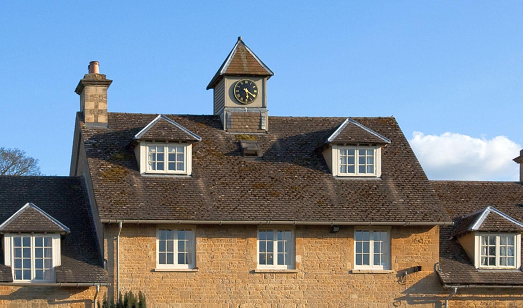 Cheltenham Cottage, sleeping 4, above Sandown Cottage has stunning views