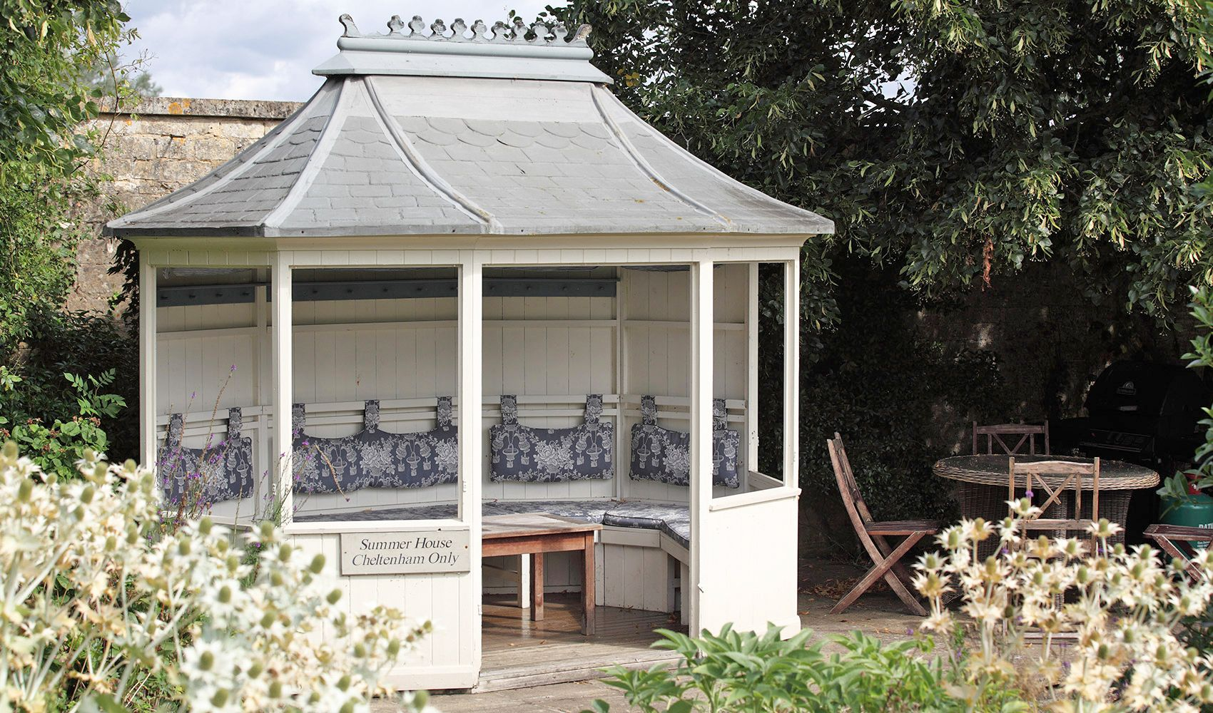 The cottage has its own private summer house, terrace & barbecue at the end of the garden