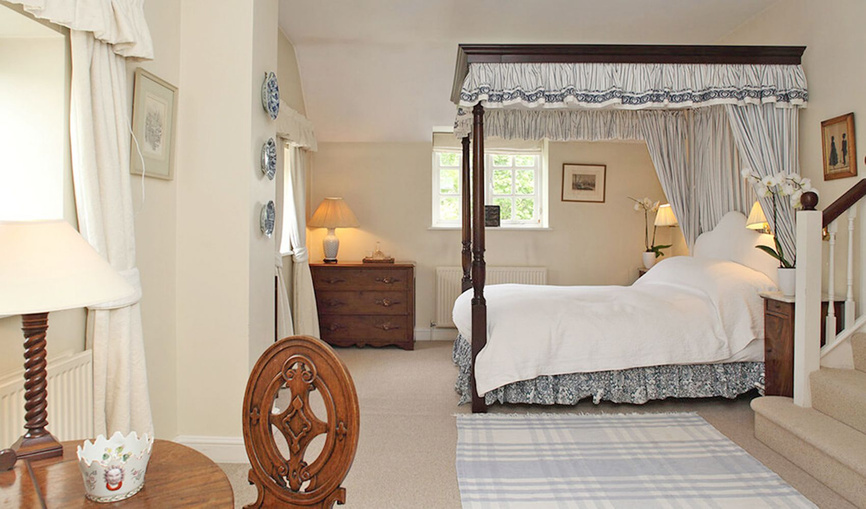 First floor: Large master bedroom with a large en suite bathroom