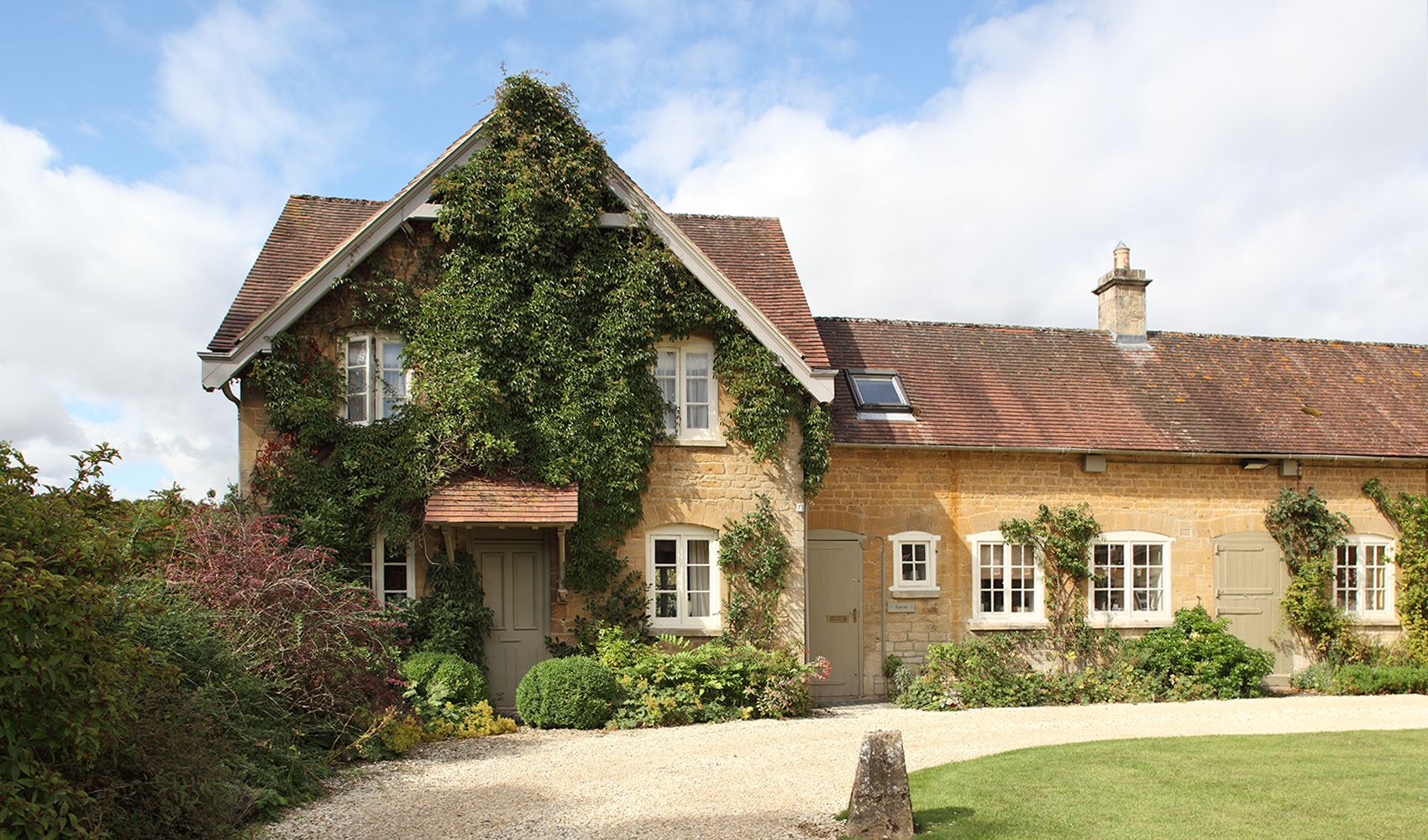 Epsom Cottage, sleeping 5, was originally built for the stable grooms