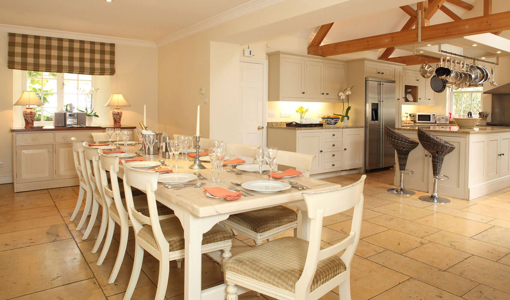 Ground floor: Large fully equipped open plan kitchen/dining room