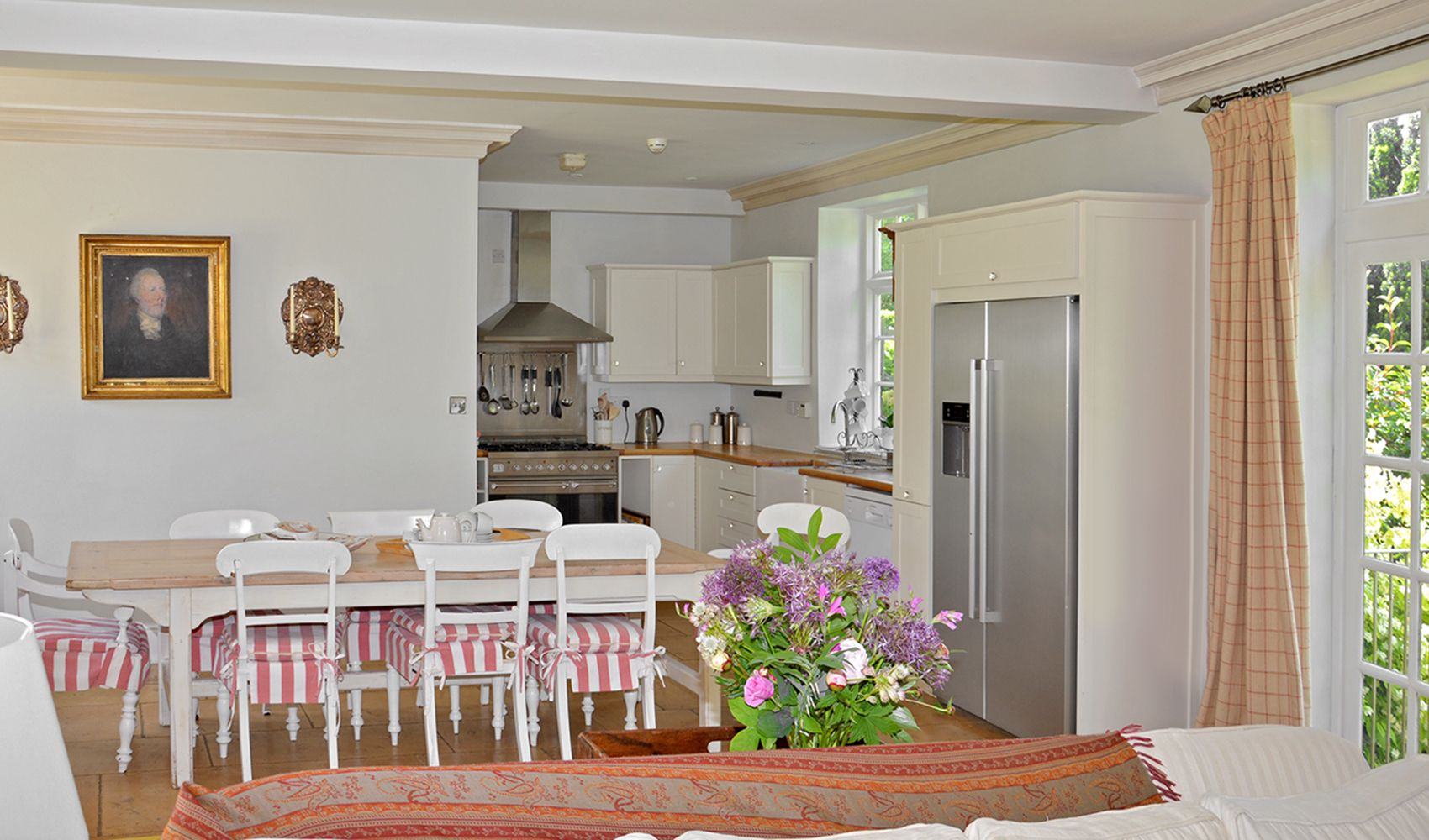 Ground floor: Dining area & kitchen from the drawing room