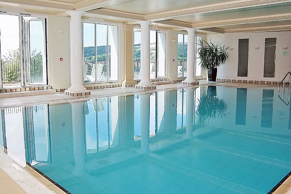 Guests are provided with day passes for the nearby Webbington Hotel & Spa facilities