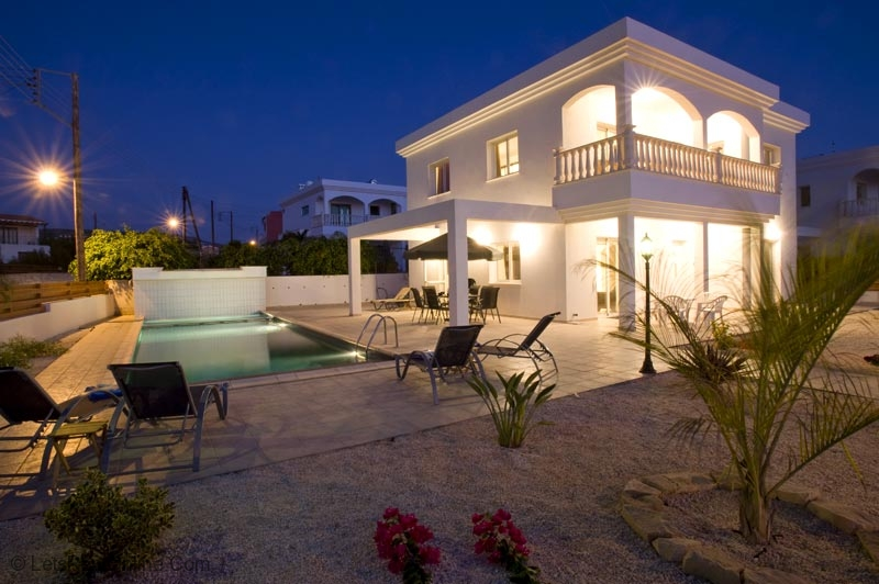 Renting Holiday Villas in Cyprus For a Festive Occasions