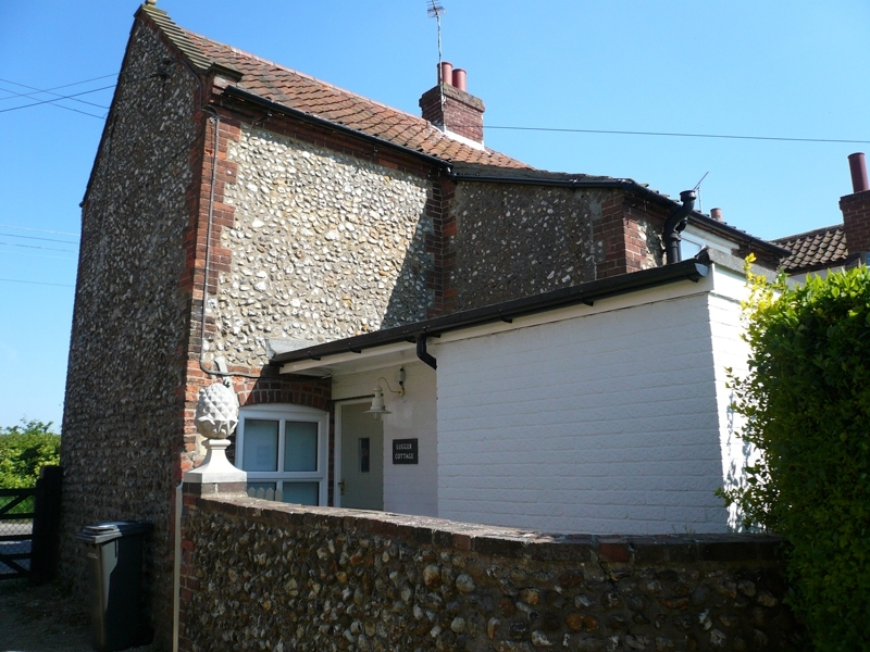 Lugger Cottage | Back view