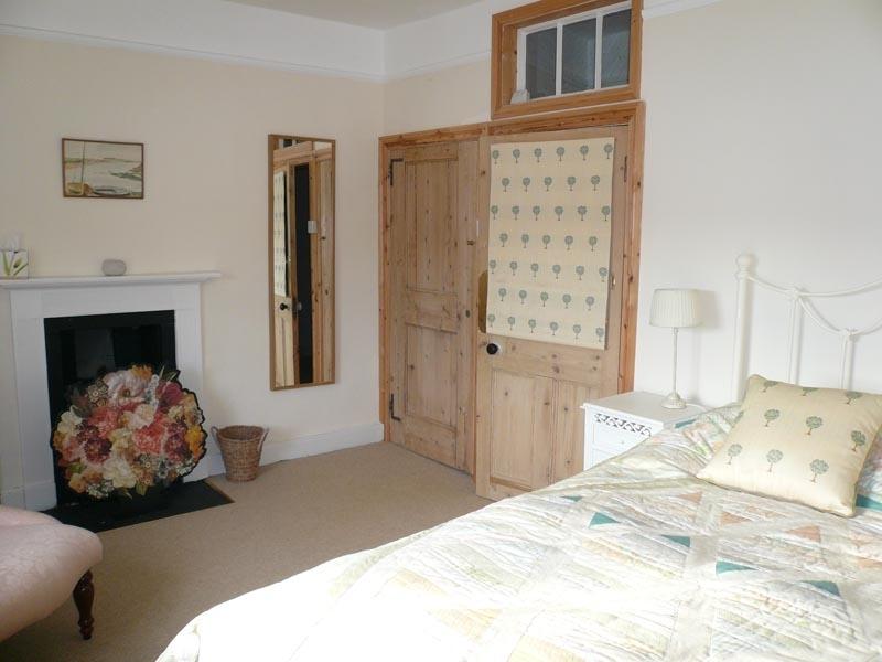 4 Monteagle   Bedroom 1