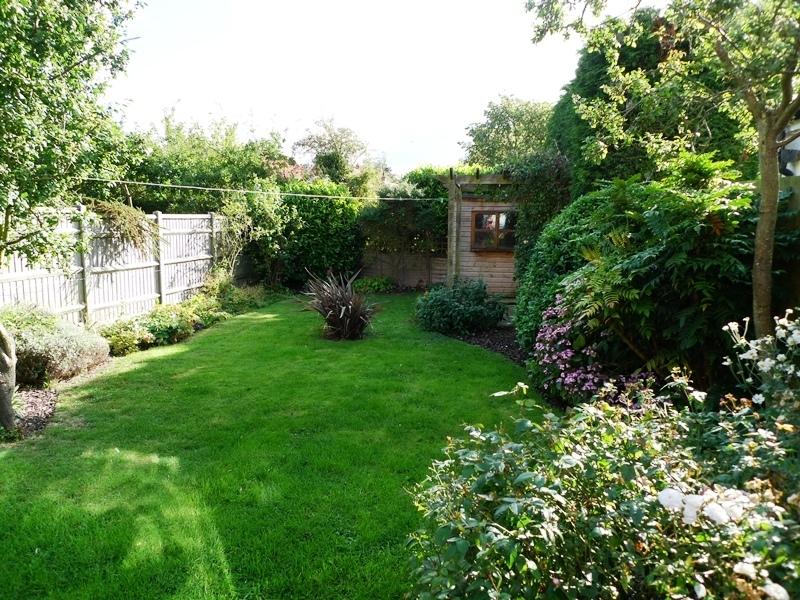Pickles Cottage | Garden