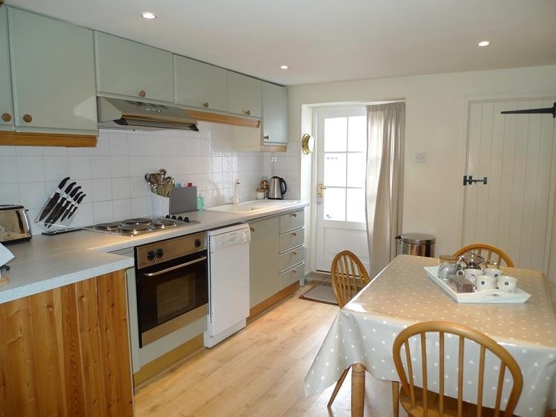 Petts Cottage | Kitchen