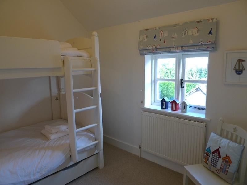 Pink Cottage | Bedroom 3