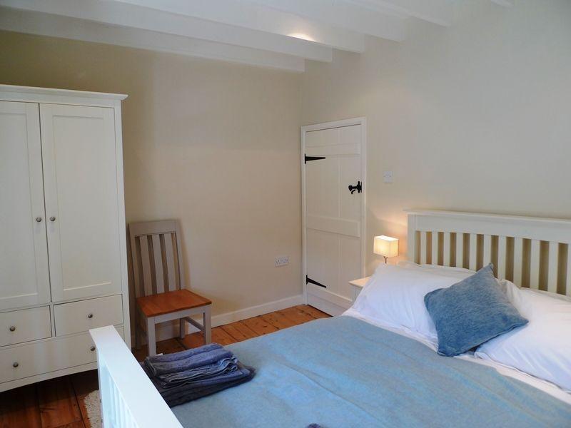 Old Sail Cottage   Bedroom 1