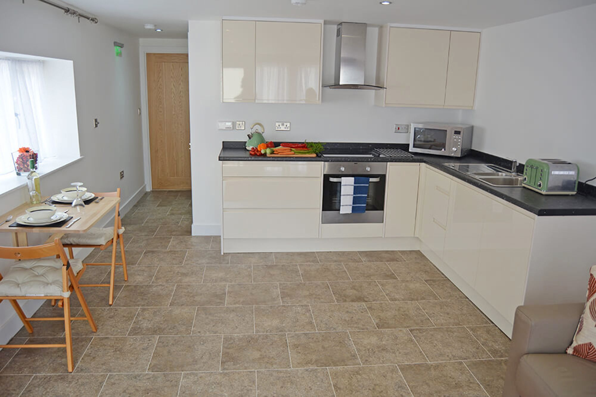 Kitchen and dining area in the open plan living space