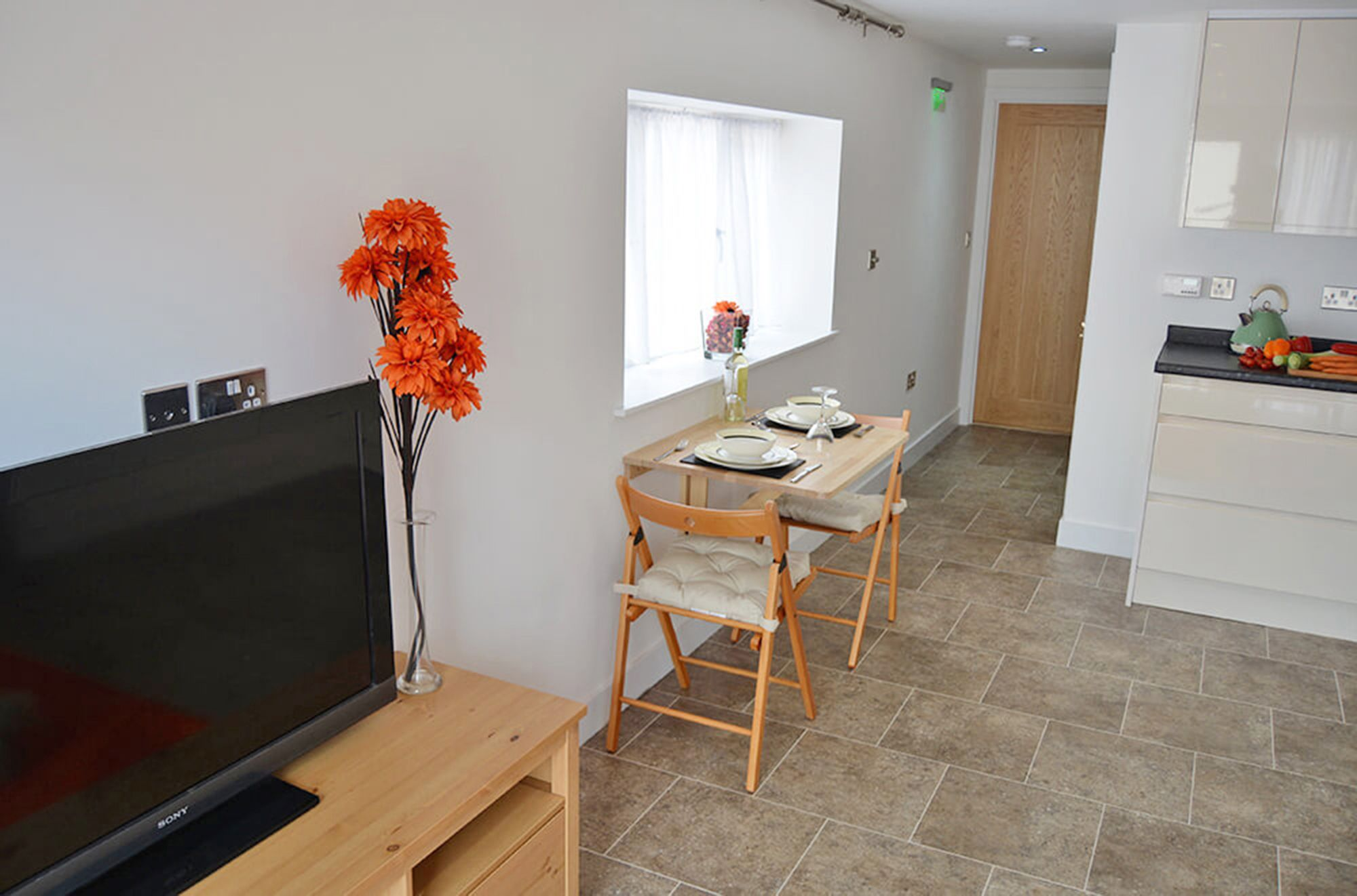Dining area in the open plan living space