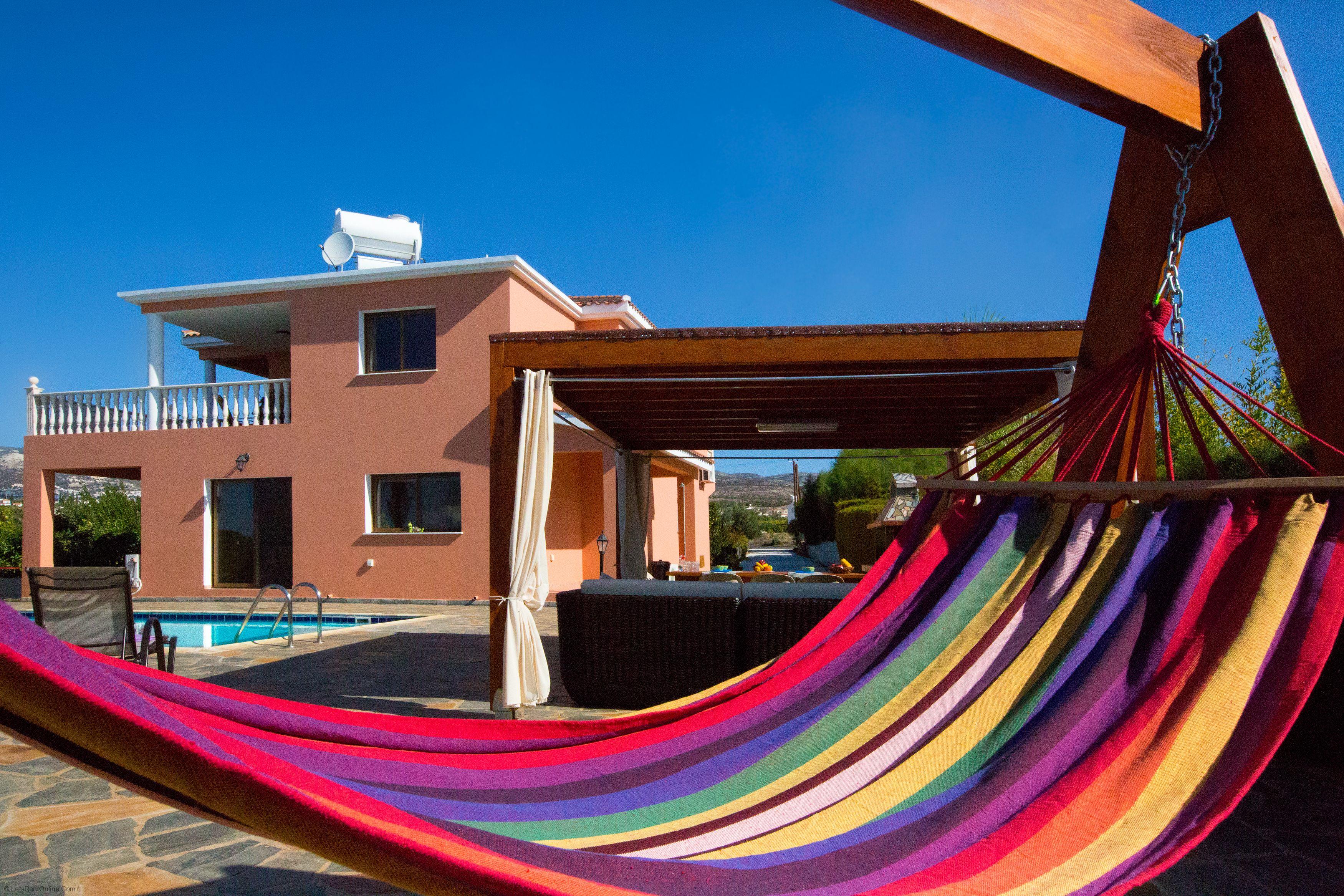 Coral Bay Villa Anna Marina Relax on the Hammock