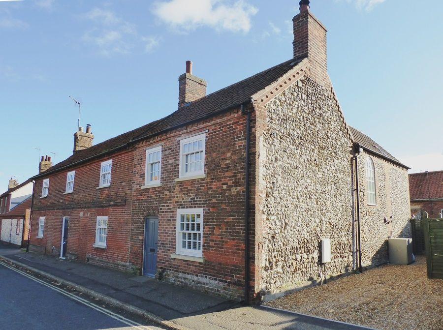 Allpoints Cottage   Front
