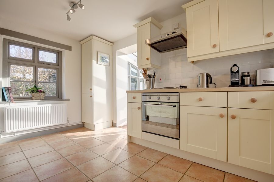 Egmere End Cottage | Kitchen