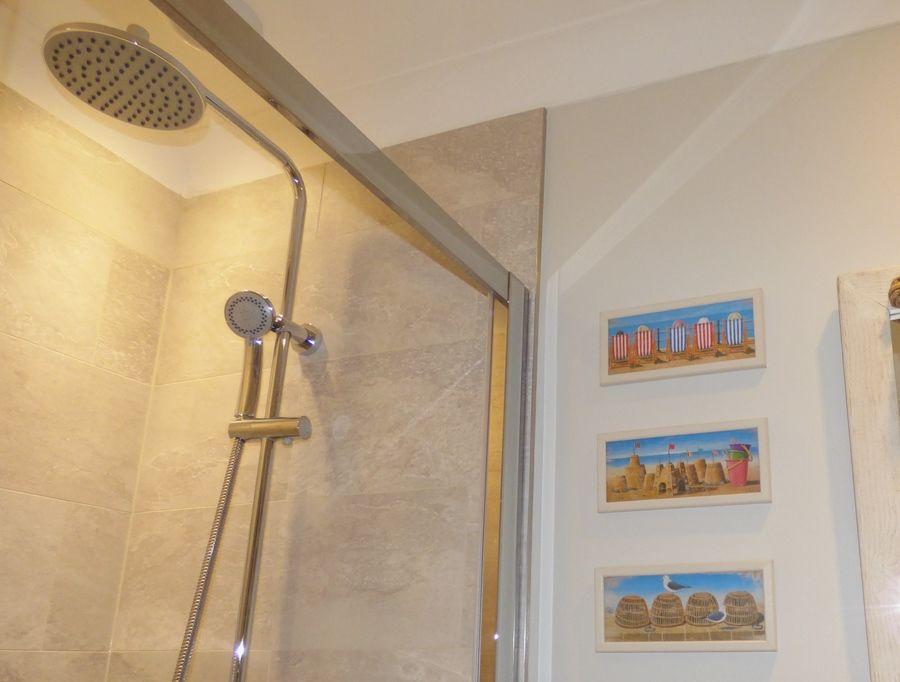 Malabar | En-suite shower