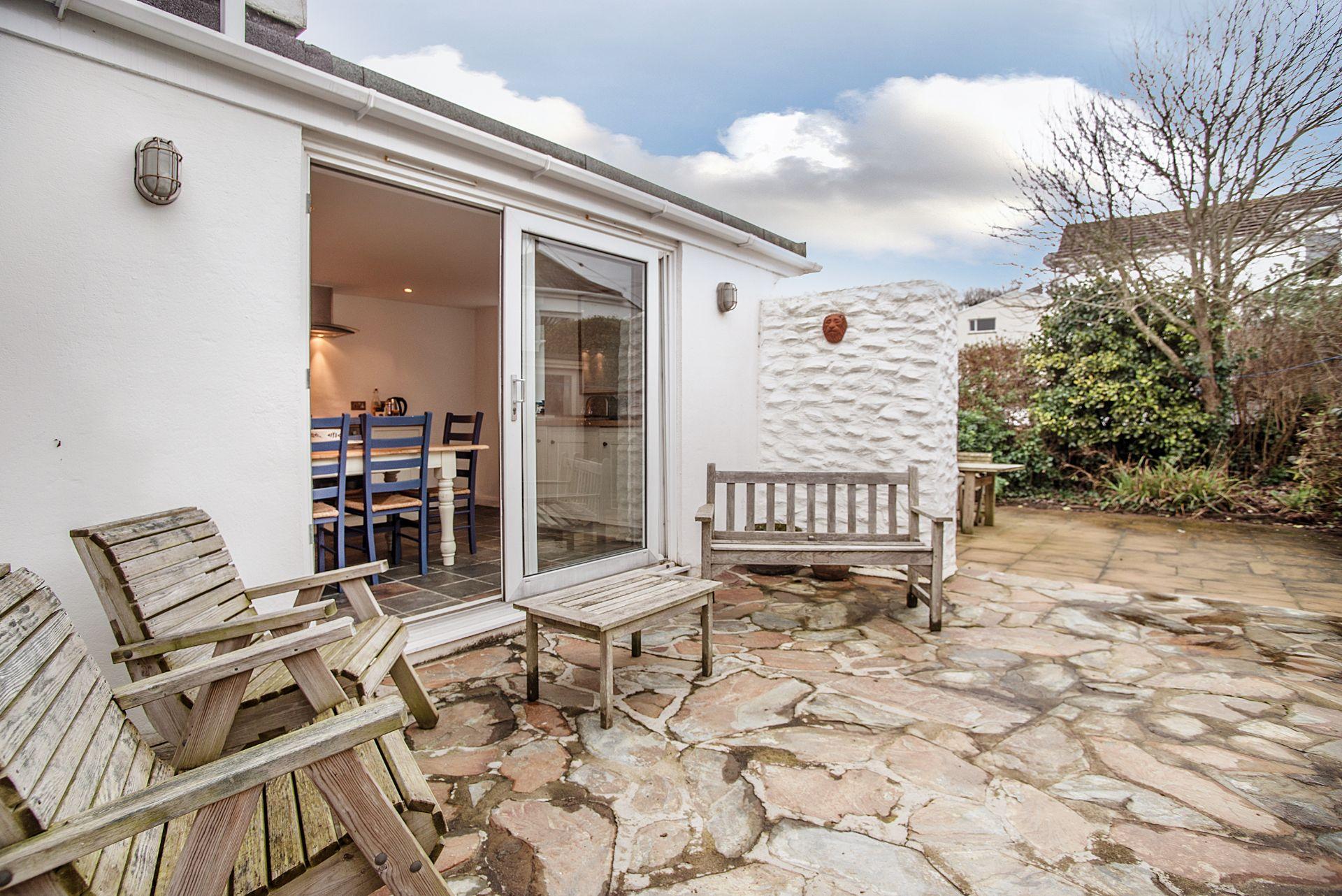 Ty Gwn; Portscatho;  Back Courtyard