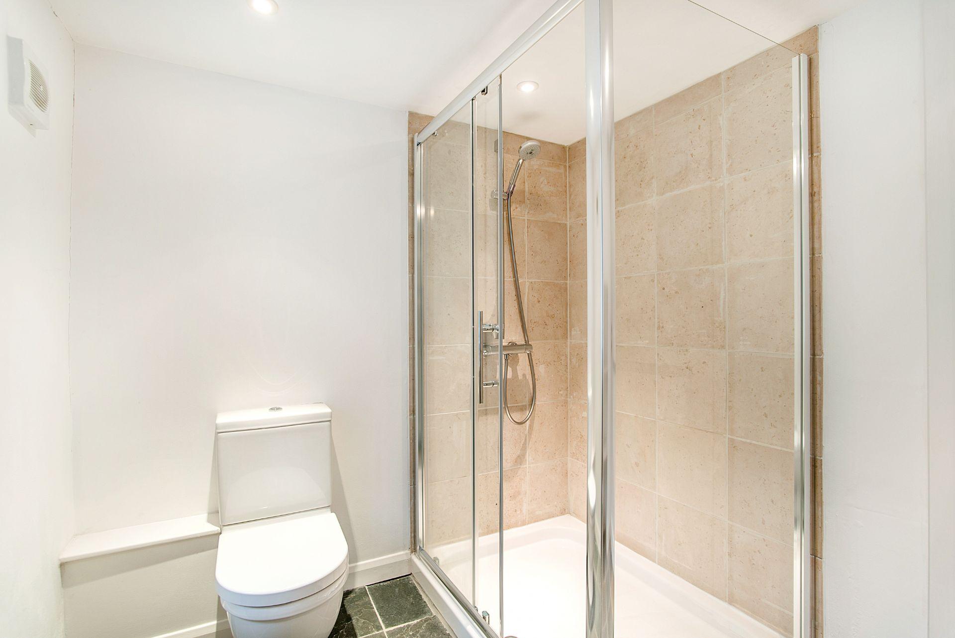 Ty Gwn; Portscatho; Ground Floor Shower