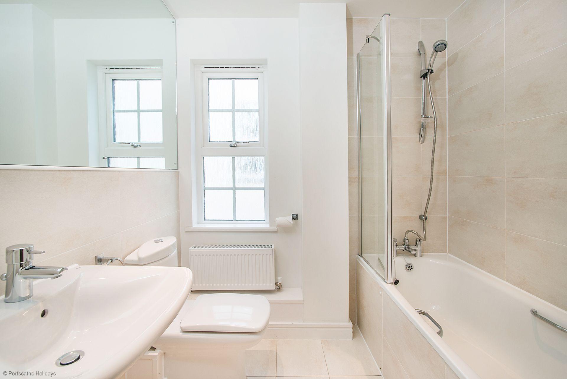 Seascape; Portscatho; Main Bathroom