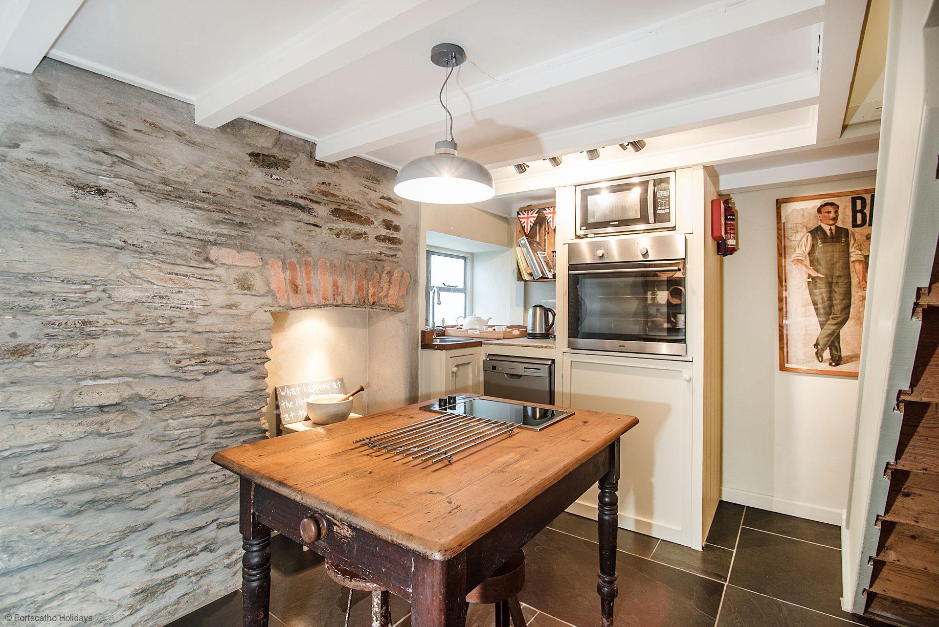 Penvar Cottage; Gerrans; Kitchen