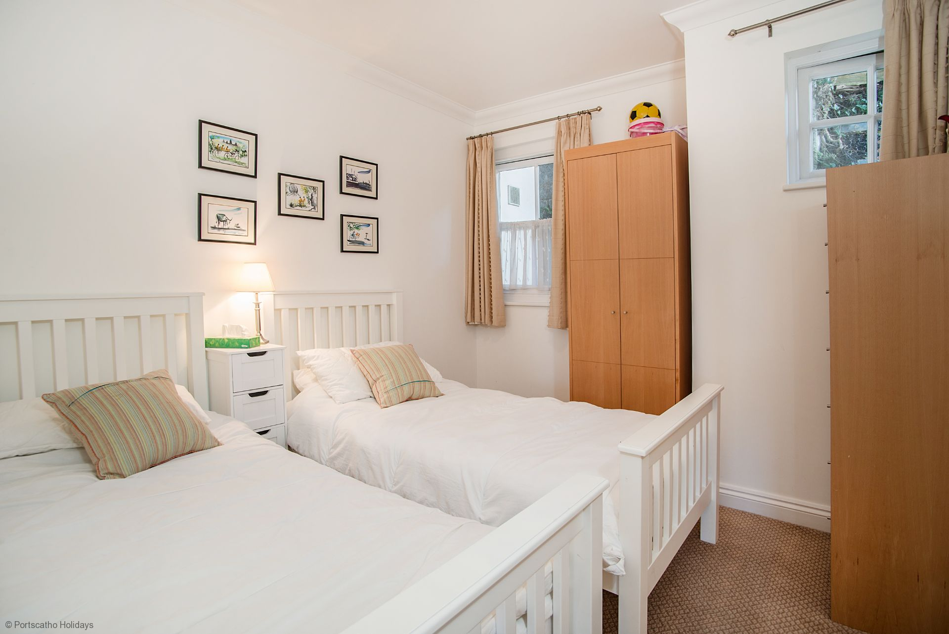 Helm; St Mawes; Twin Bedroom