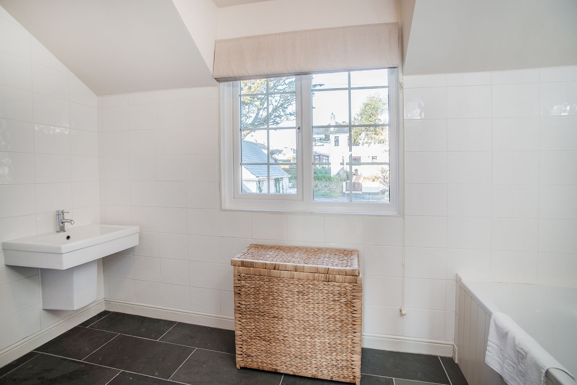 Medlar Cottage; St Mawes;  En-suite