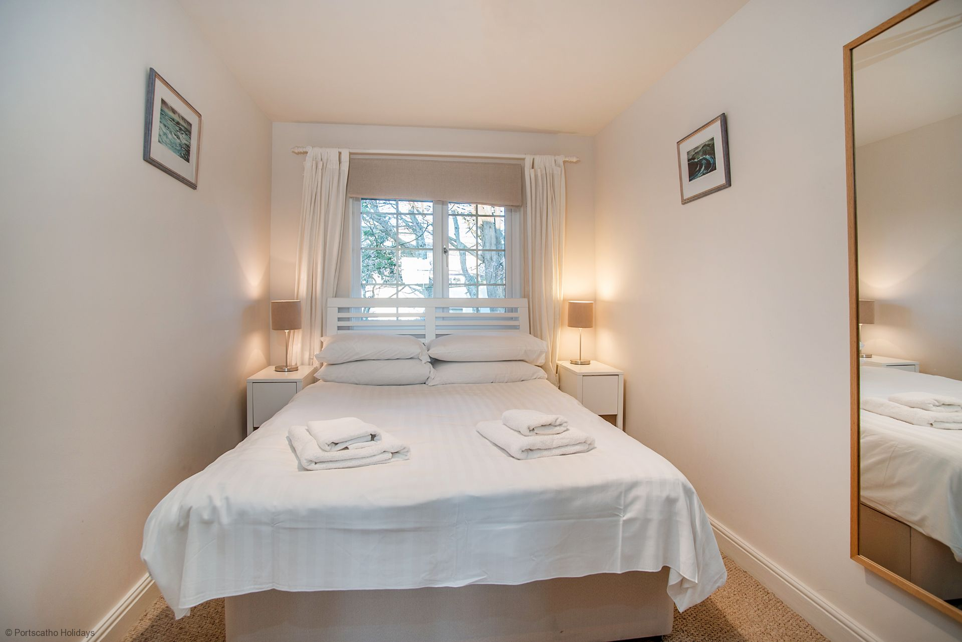 Medlar Cottage; St Mawes; Double Bedroom