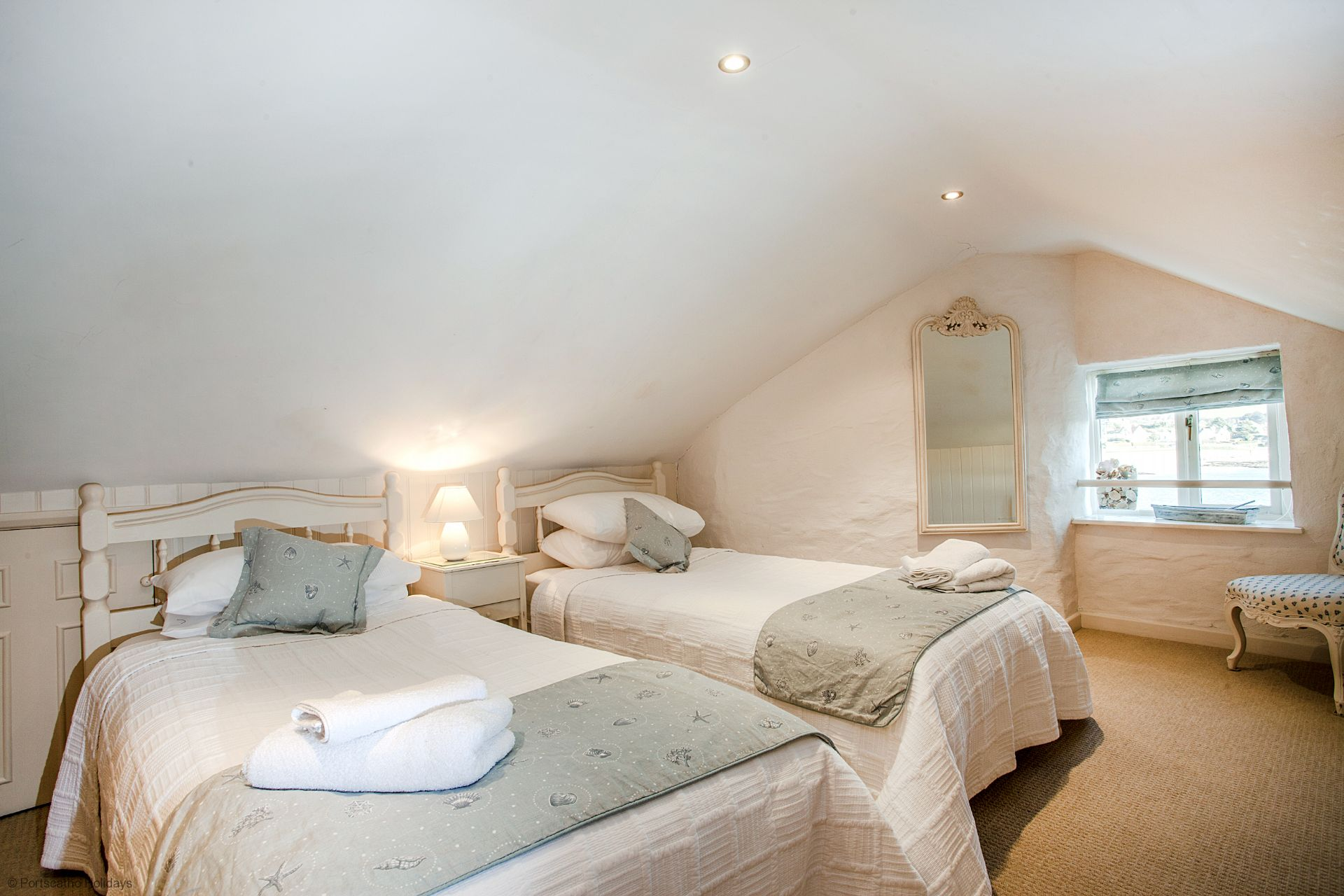 Castle Cottage; St Mawes; Twin Bedroom