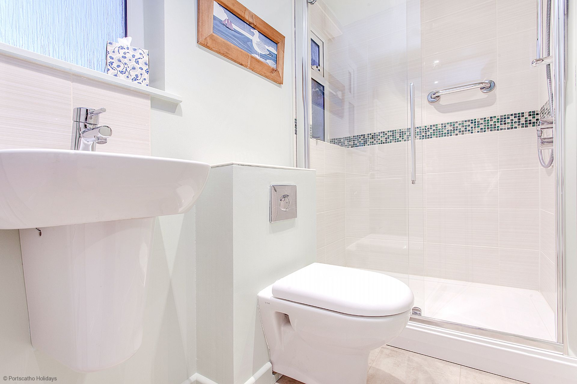 Captains Cottage; St Mawes; First Floor Shower Room