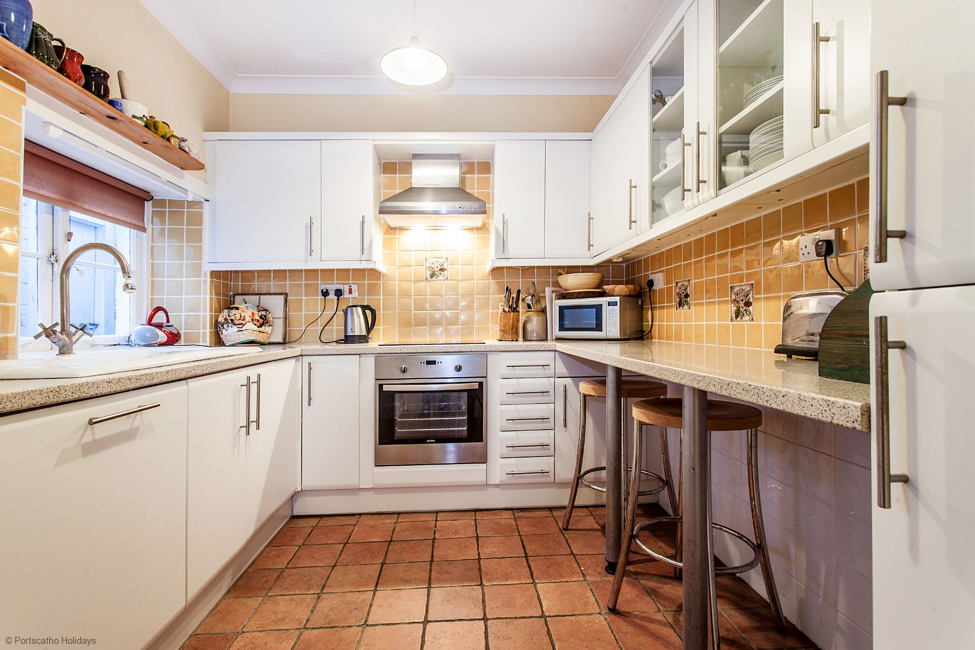 Captains Cottage; St Mawes; Kitchen