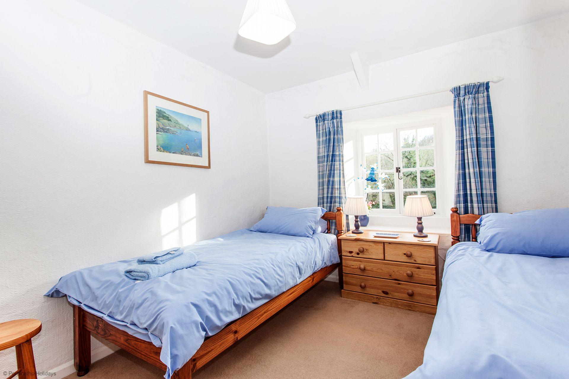 Pedlars; Ruan Lanihorne; Cornwall; Twin Bedroom II