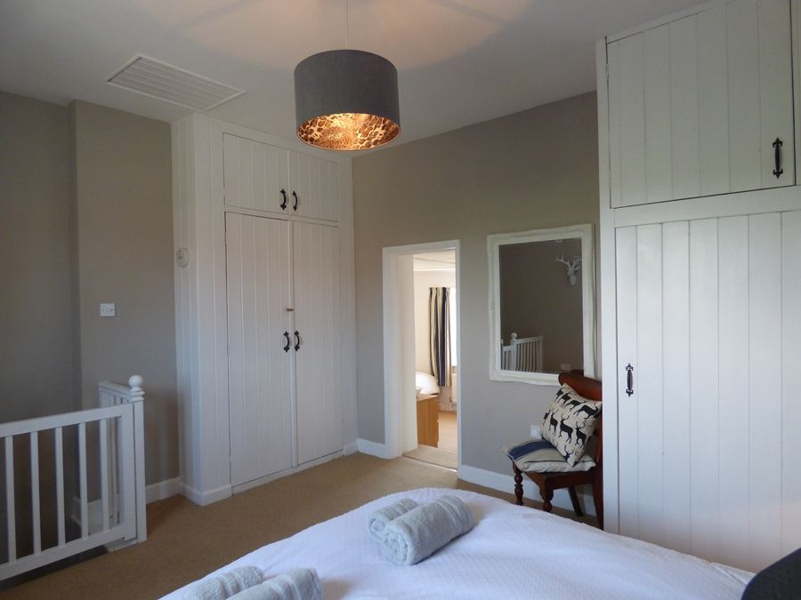 Lugger Cottage | Bedroom 1