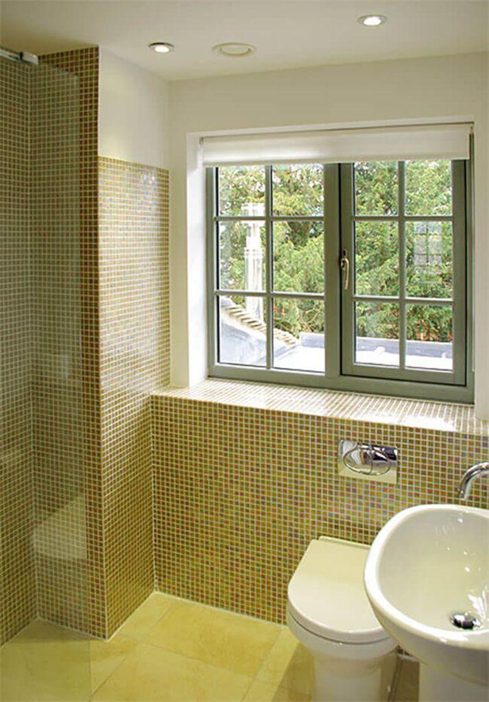 First floor: En suite walk-in shower room to master bedroom
