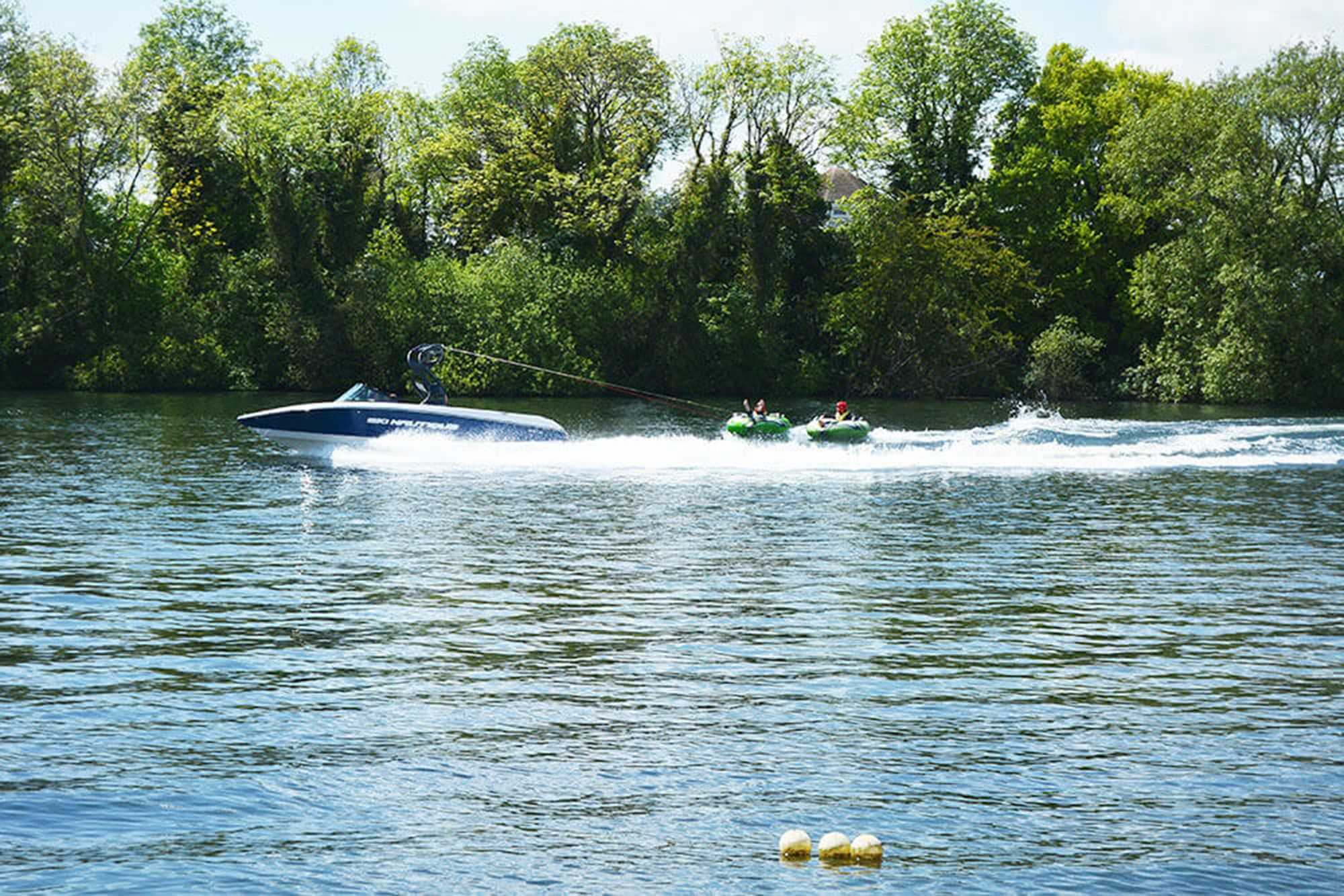 Spring Lake contains its own water ski lake - the perfect location for a family activity holiday