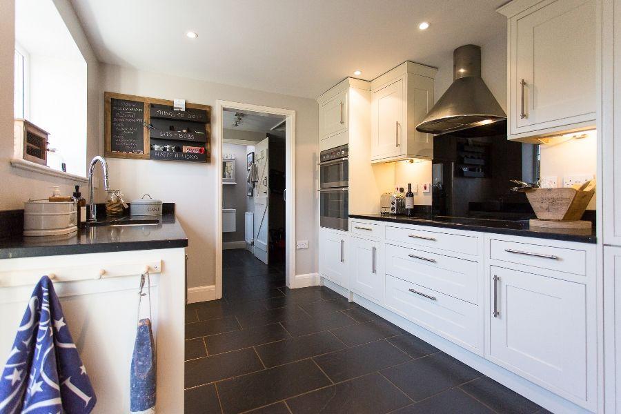 Sexton's Place   Kitchen