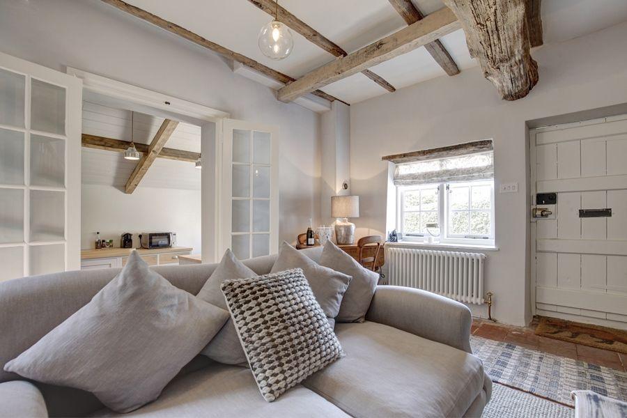Fox Cottage   Sofa