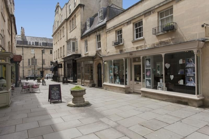 Circus Mews In Bath 2 Bedroom Holiday Rental Property