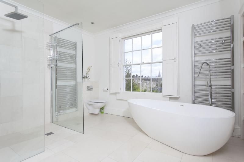 ... Large Family Bathroom With Walk In Shower ...