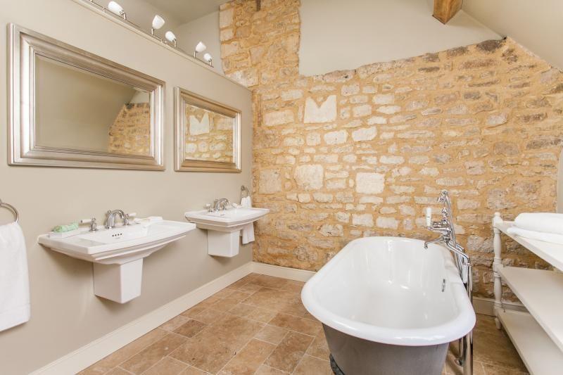 Week Farm Manor Holiday Accommodation In Bath Sleeps 8