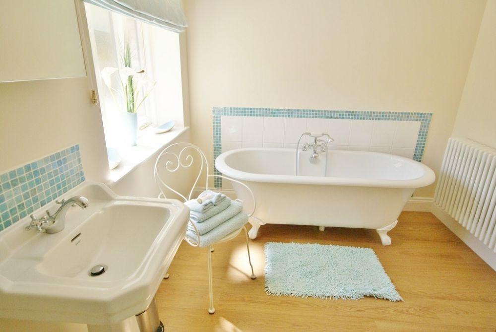 Beautifully romantic bathroom
