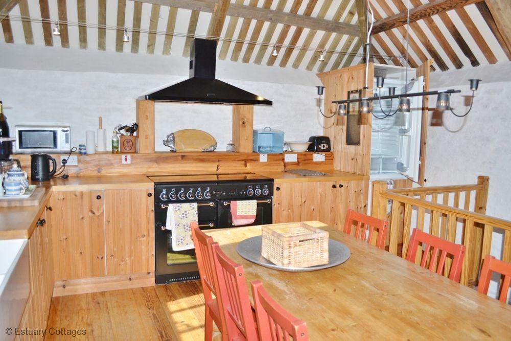 Open plan kitchen/diner