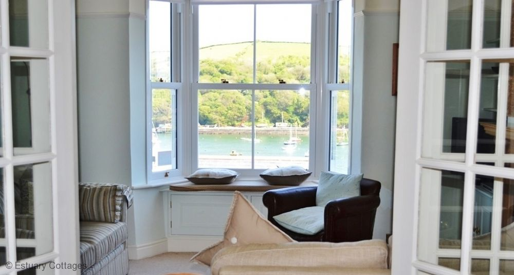 Sitting room and views